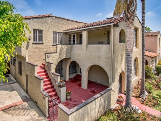Sold: 108 S Harper Ave, Beverly Grove – $1,850,000