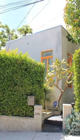 2591 Glen Green Street, Hollywood Hills