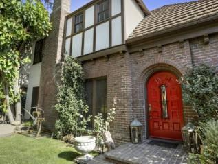 In Escrow: 1546 N Fairfax Ave, Los Angeles –$2,175,000
